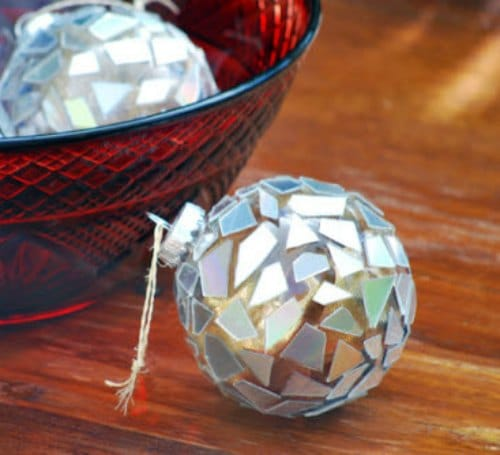 DIY Christmas Ornament - broken cd ornament