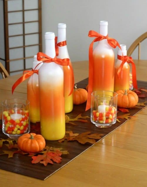 25 thanksgiving centerpieces ideas and diy decorations for Candy cane holder candle centerpiece