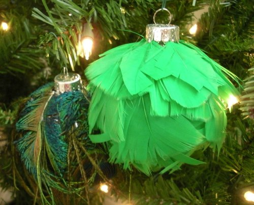DIY Christmas Ornament - feather ornaments