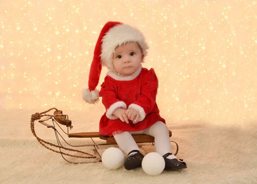 Babys first Christmas Photo Shoot - Christmas Photo Ideas