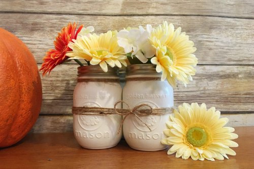 Thanksgiving Centerpiece Table Decorations - simple mason jar