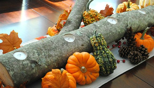 Thanksgiving Centerpiece Table Decorations - thanksgiving log with candle