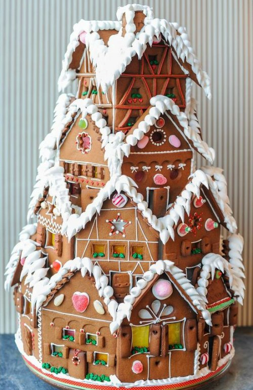 Delicious Gingerbread Castle
