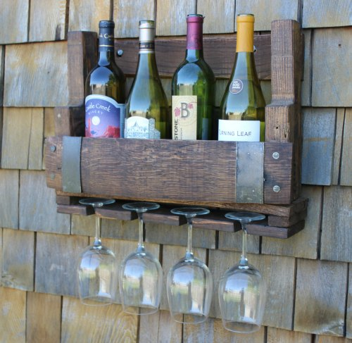 Outdoor DIY Pallet Wine Rack