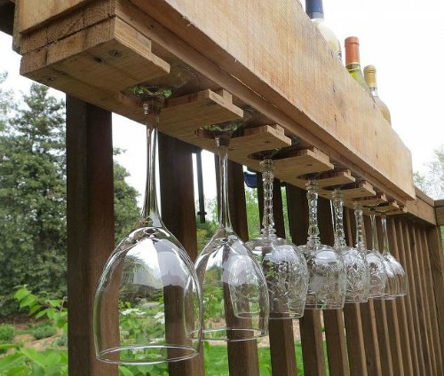 Outdoor Pallet Wine Rack