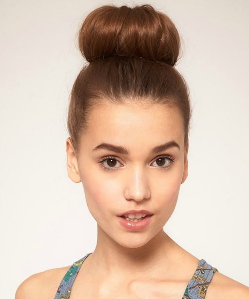 The Classic Top Knot Updo Hairstyle
