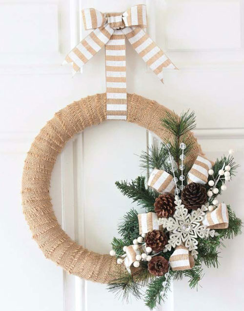 Burlap Christmas Wreathe DIY Christmas Decor