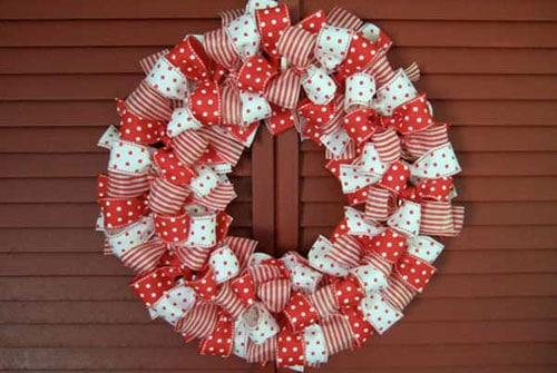 DIY Christmas Wreath Bows