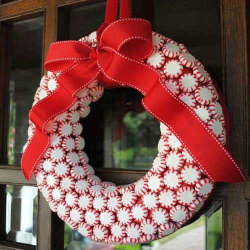 DIY Christmas Wreath Peppermint Candy