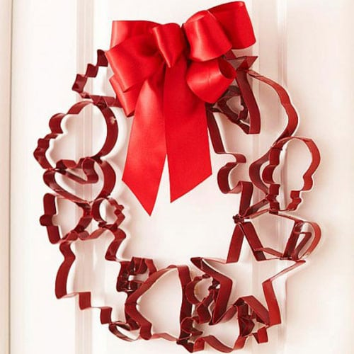 DIY Christmas Wreath - Cookie Cutter Wreath