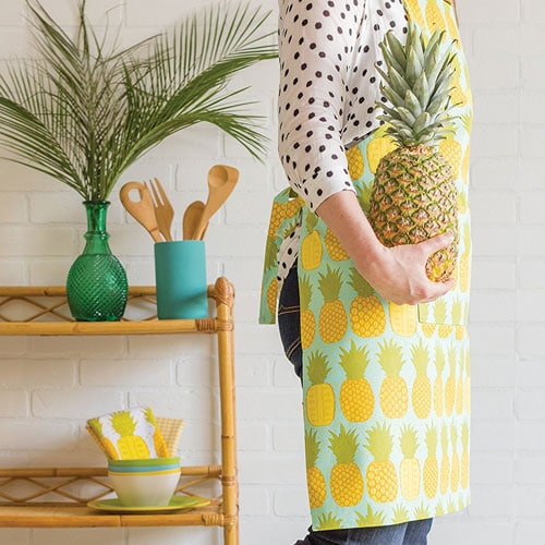 Pineapple Apron   Pineapple Kitchen Decor