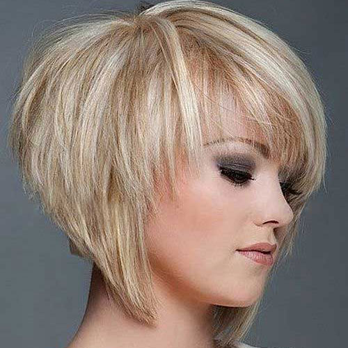 Inverted Layered Bob Haircut