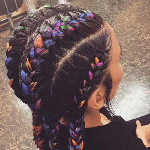 Braids with Colorful Extensions