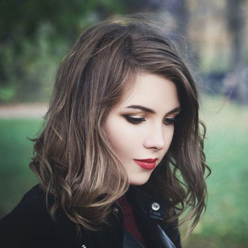 Medium Hairstyles - Asymmetrical Bob - Wavy Medium Hair
