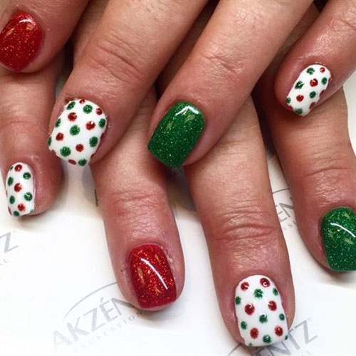 Adorable Red and Green Christmas Nails
