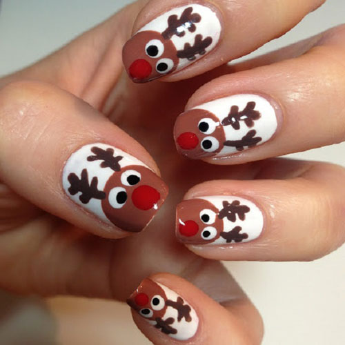 Adorable Reindeer Christmas Nails