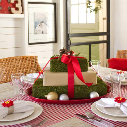 Cheap Christmas Centerpieces - Holiday Centerpiece Ideas