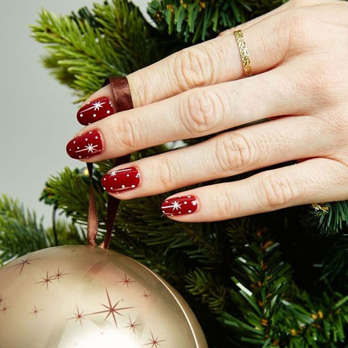 Christmas Nails Designs - Red Nails With Stars