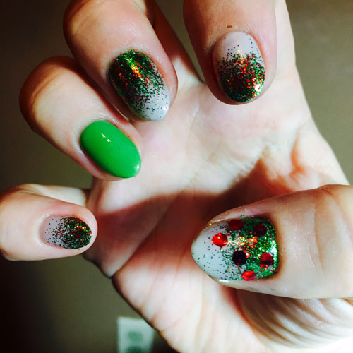 Christmas Nails Ideas - Christmas Tree Nails