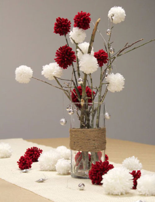 Christmas Table Decorations - Easy Christmas Centerpiece