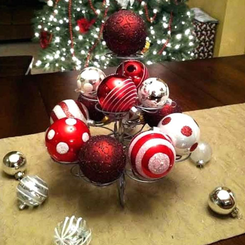 DIY Christmas Centerpiece Ideas - Ornament Centerpieces