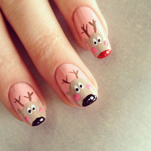 Reindeer Christmas Nails
