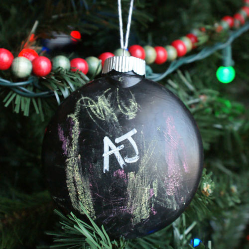 DIY Chalkboard Ornament - DIY Christmas Decorations