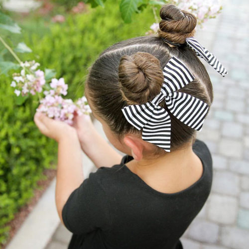Easy Little Girl Hairstyles - Double Bun With Bows