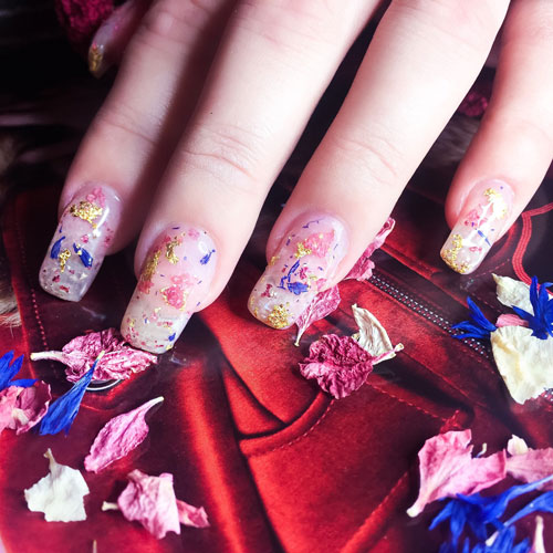 Valentine's Day Nail Designs - Dried Flower Nail Art